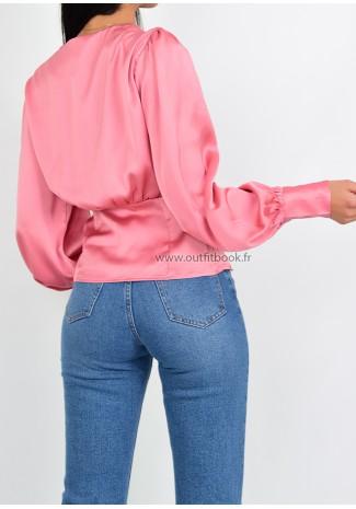 Top en satin rose avec boutons