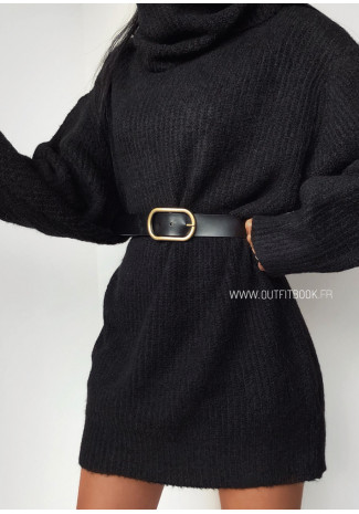 Black belt with gold oval buckle