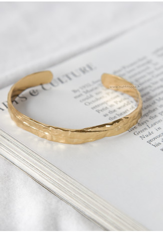 Bracelet jonc effet martelé doré