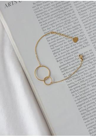 Bracelet doré avec double cercle
