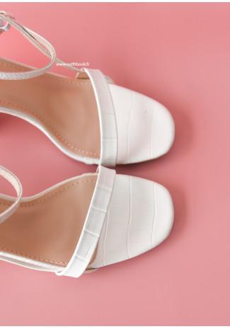 Sandales à talon large effet croco