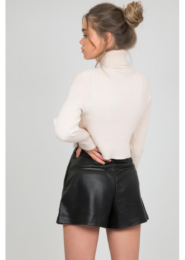 Short taille haute en simili cuir