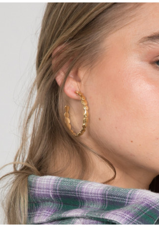 Hoops in hammered gold