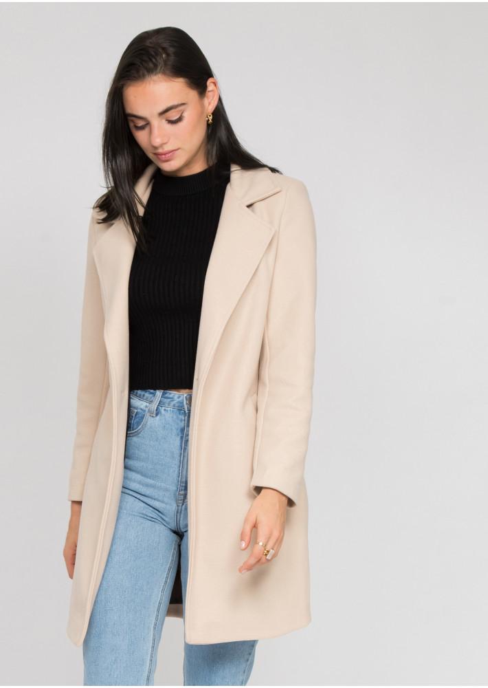 Tailored coat in beige