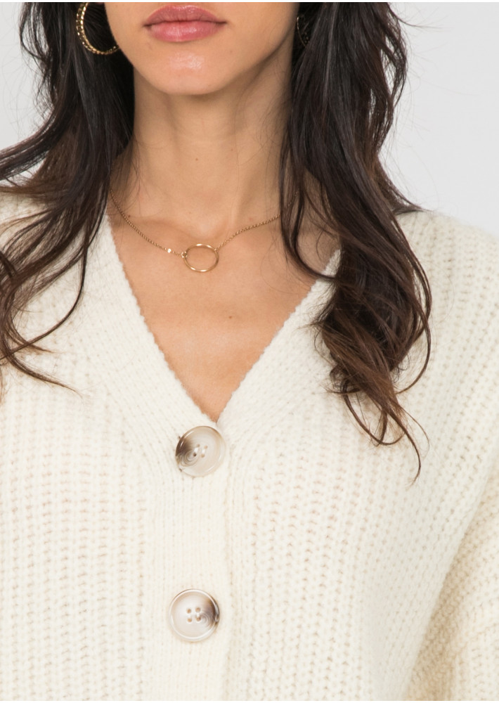 Gold tone necklace with circle pendant