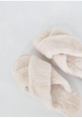 Chaussons croisés en fausse fourrure