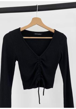 Rib knit ruched crop jumper in black