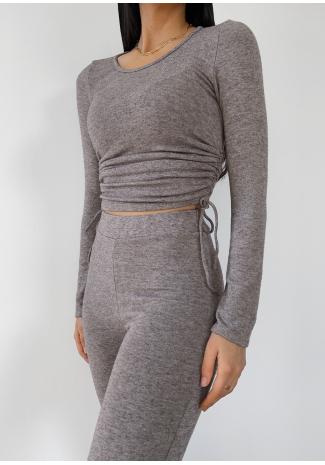 Jersey topo con detalle fruncido en el lateral