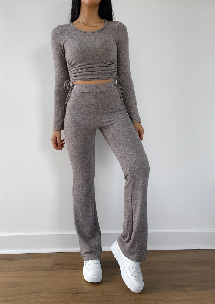 Flare trouser in taupe