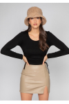 Faux leather skirt with slit in beige