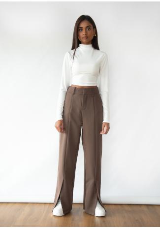 Split front trouser in brown
