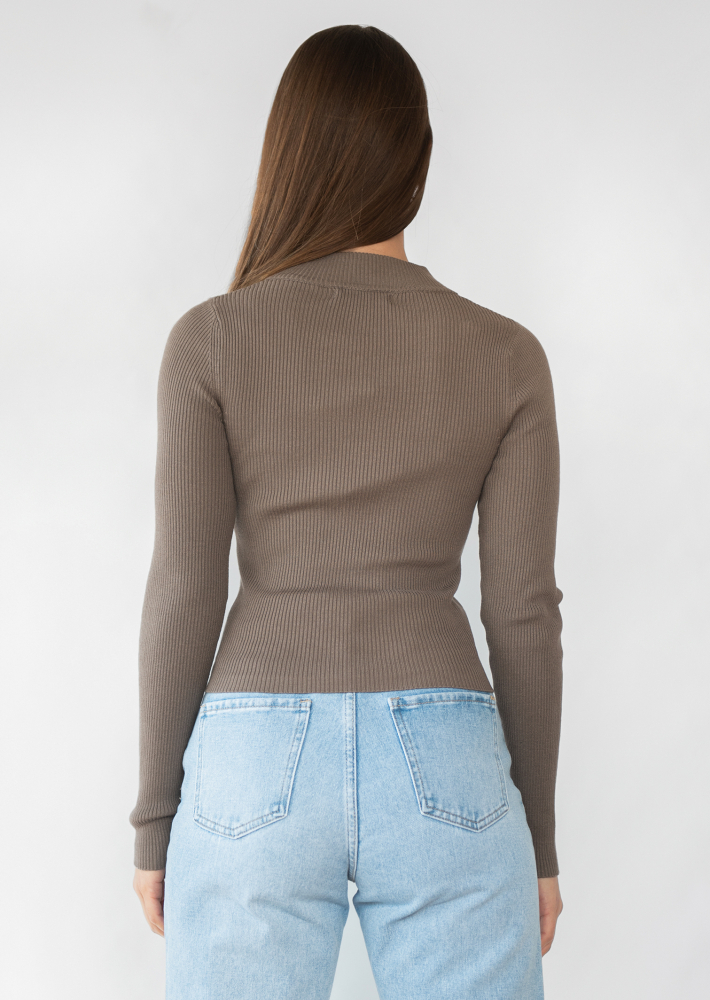 Ribbed half zip jumper in taupe