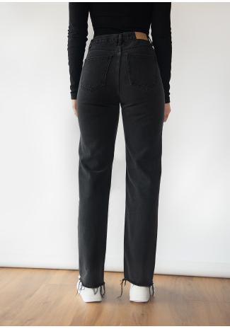 Jeans rectos en negro