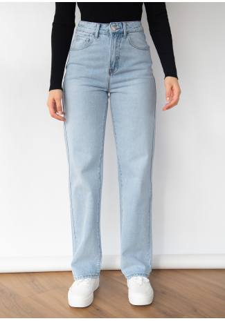 Loose straight leg jeans in light blue
