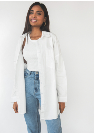 Oversized cotton shirt in white