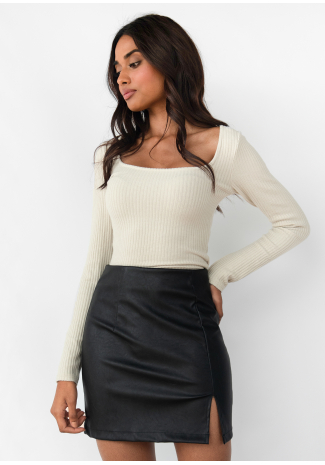 Ribbed top with square neck in beige