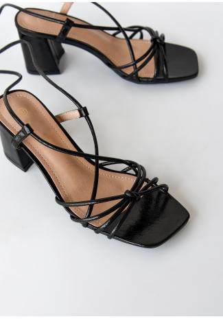 Sandales à talon mi-haut et liens à nouer noir