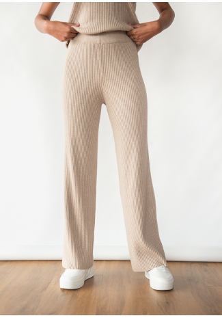 Knitted ribbed trousers in taupe