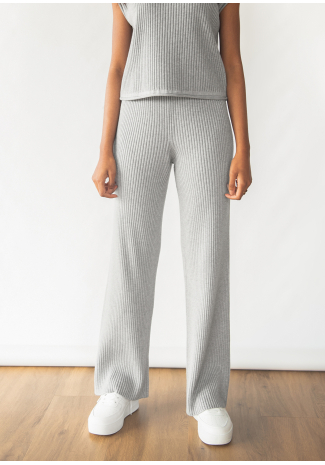 Knitted ribbed trousers in grey