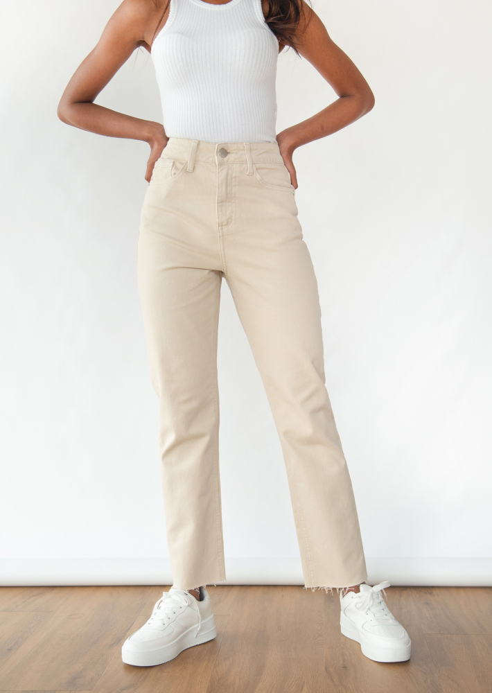 Jean mom fit beige