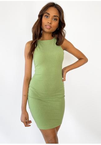 Vestido verde con espalda estilo nadadora de canalé