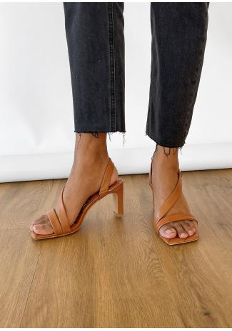 Sandales matelassées à talon camel