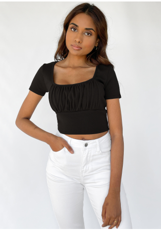 Ruched t-shirt in black