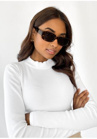 Skinny rectangular sunglasses in tortoiseshell