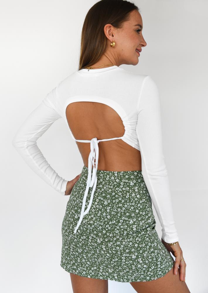 Long sleeve open back crop top in white