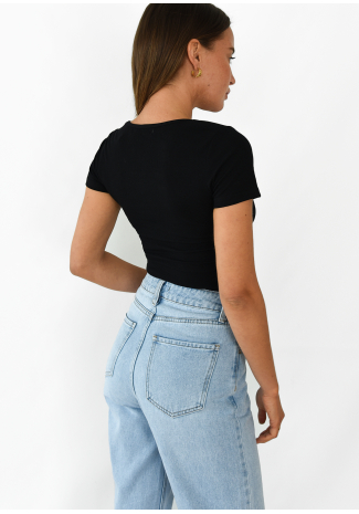 Ribbed top with round neck in black