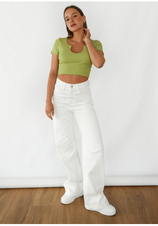 Ribbed top with notch neck in green