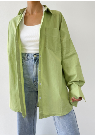 Oversized shirt in green