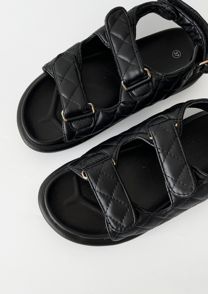 Chunky grandad sandals in black quilt