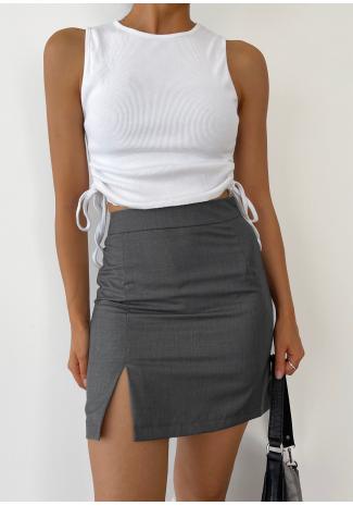 Minifalda gris con abertura frontal