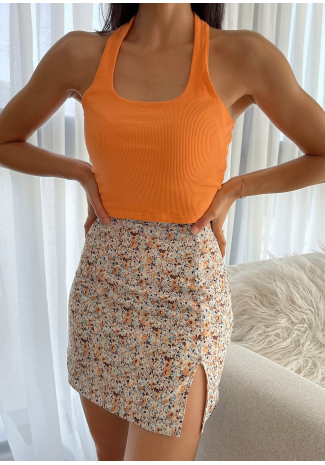Floral mini skirt with front split and buttons details in multi