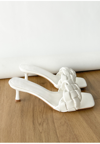 Plaited heeled mule in white