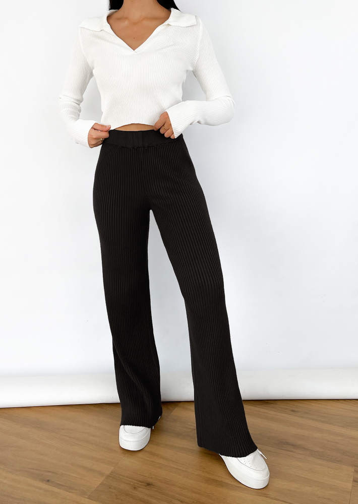 Pantalones negros de pernera ancha de punto