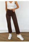 Dad jeans in brown