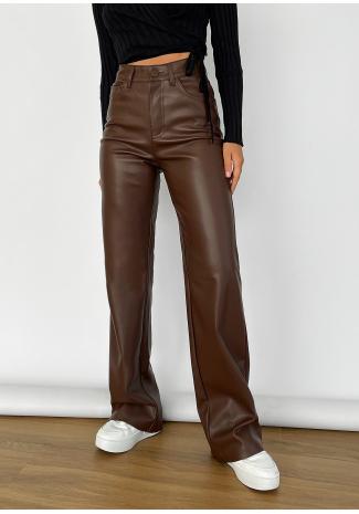 Pantalones de pernera ancha de cuero sintético marrón