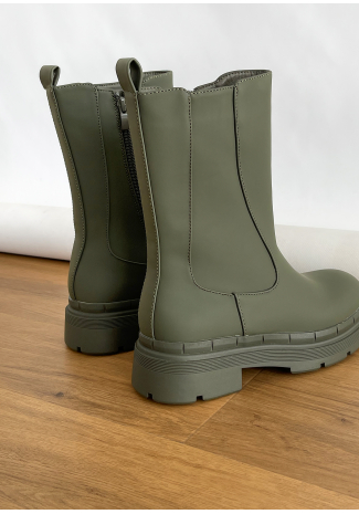 Chunky chelsea boots in khaki